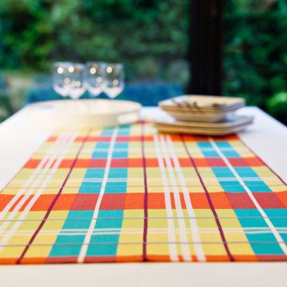chemin-de-table-tissu-madras-55x160cm-2