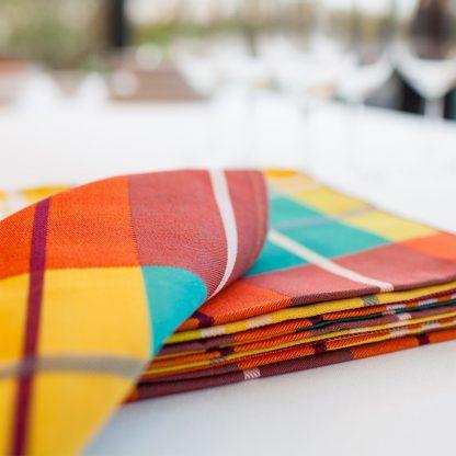 serviette-de-table-tissu-madras-43x43cm-1